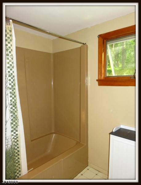 941 EMMONS LANE Stillwater NJ 07860 id-632466 homes for sale